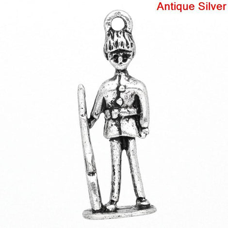 2 PALACE GUARD Charm Pendants, British Soldier, silver tone metal, 28mm, chs0612