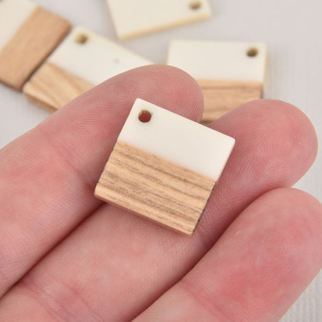 2 Square Charms, White Resin and Real Wood, 18mm, chs6323