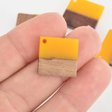 2 Square Charms, Yellow Resin and Real Wood, 18mm, chs6536