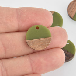 2 Round Charms, Olive Green Resin and Real Wood, 18mm, chs6540
