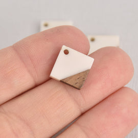 2 Square Charms, White Resin and Real Wood, 16mm, chs6850