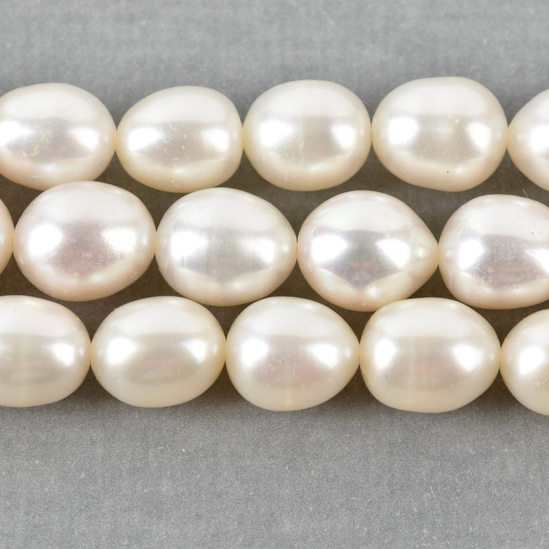 8mm-9mm OVAL Off White Cultured Freshwater Pearls Beads, full strand, about 44 beads, gpe0029
