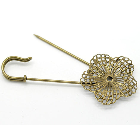 5 Bronze Metal Shawl Pins, Flower Stick Pins, filigree brooch pin blanks, fits 4mm round rhinestone in center, lapel pin, bezel tray pin0109