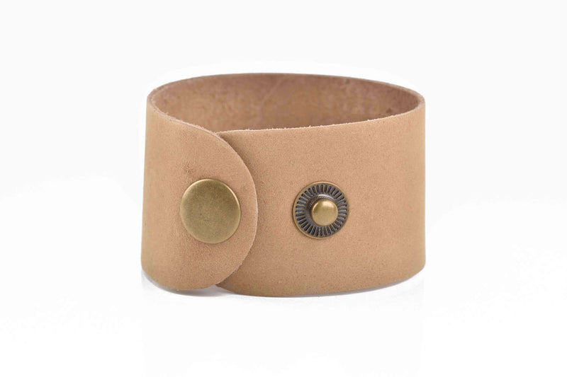 "3 TAN Brown LEATHER CUFF Bracelet Blanks, 1.5"" wide, 3 leather bracelet cuffs, brass snaps, Lth0044"