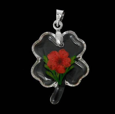 2 Acrylic Pendants, Natural REAL FLOWERS, Red with leaves, Clover shape, silver bail, cha0154