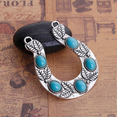 1 Large Silver HORSESHOE GOOD Luck Charm Pendant with leaf design, faux turquoise cabochons, horse riding pendants, 65x52mm, chs2808