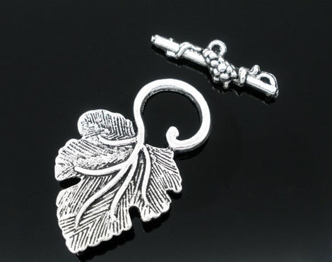 Leaf Antique Silver Fancy Toggle Clasps .Grape Leaves  5 pc fcl0060