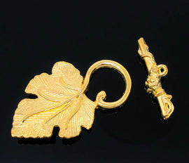 BRIGHT GOLD Metal Fancy Toggle Clasps . Grape Leaf Pattern . 5 sets  fcl0056