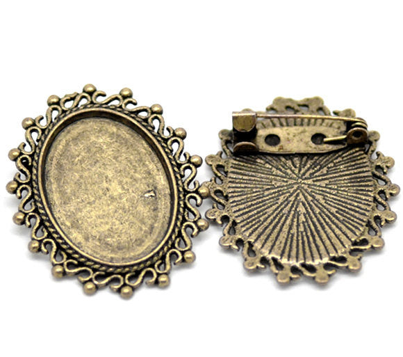 2 Antique Bronze Cameo Frame Setting Brooch Pins  3.5cm x 3cm (Fits 25x18mm oval cabochons)  pin back FIN0432