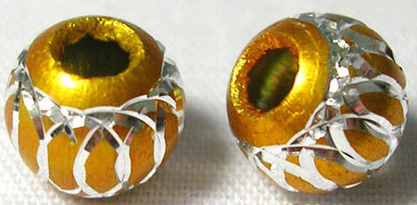 25 Golden YELLOW Round Aluminum Beads with Diamond Cut Swirls . 8mm bme0320