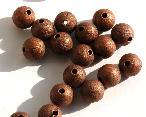 20 ANTIQUE Red COPPER Plated  BRASS Metal Round Beads  10mm . bme0277
