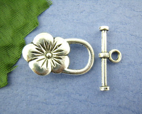 5 Sets Violet Pansy FLOWER TOGGLE Clasps . Silver Tone Metal  fcl0027a