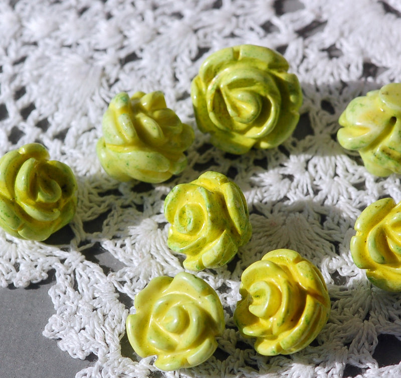 4 Hand Carved AGATE ROSE Beads . 17mm diameter, lime green gag0093