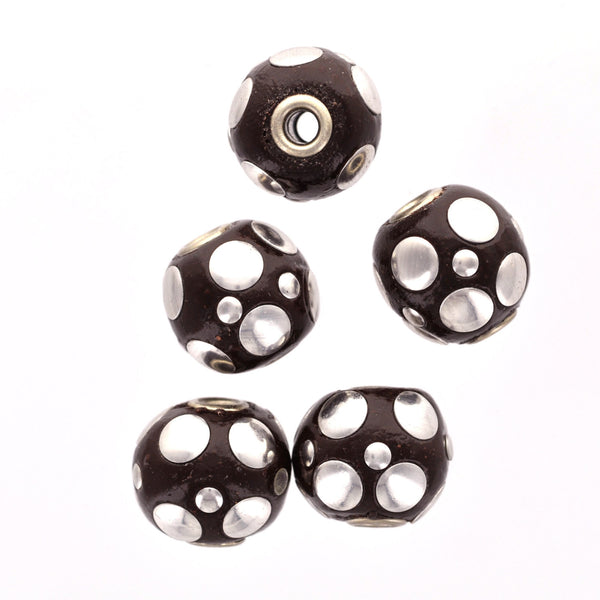 4 Large JET BLACK and SILVER Indonesian Clay Beads, Round Circle Accents, 19mm pol0084