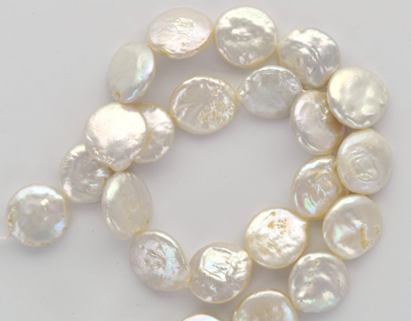 12mm Circle Disc COIN Cultured Freshwater PEARLS, Off White, about 32 beads, gpe0031b