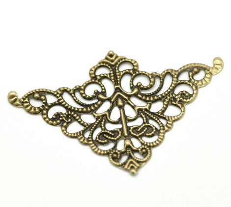 100 Brass Vintage Style Filigree Flat Metal Findings, Triangle Filigree, bulk pack, FIL0018b