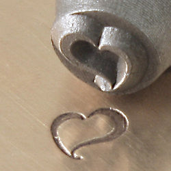 ImpressArt Metal Design Stamp,  6mm SWIRLY HEART  tol0132