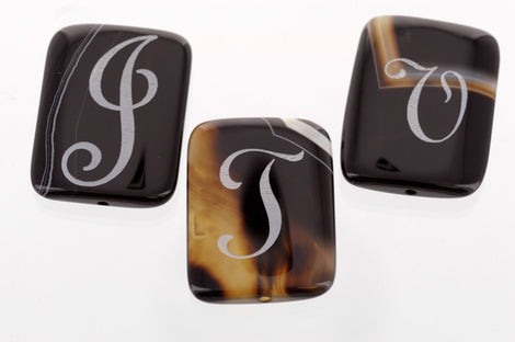 1 Laser Engraved Monogram Focal Bead, BRAZILIAN AGATE GEMSTONE, Custom Letter, 40mm x 25mm gag0157