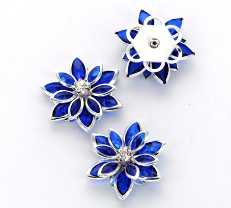 2 Rhinestone POINSETTIA BLUE 3d FLOWER Connector Link Findings 24mm x 20mm . fin0034