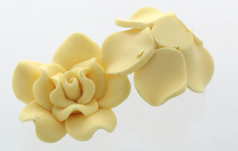 2 Large IVORY CREAM Polymer Clay Rose Beads  pol0027