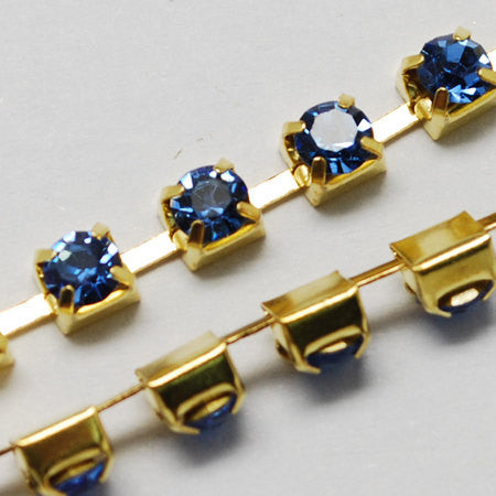 1 yard ( 3 feet ) Rhinestone Cup Chain, 3mm, gold brass base metal and LIGHT SAPPHIRE BLUE glass crystals fch0183