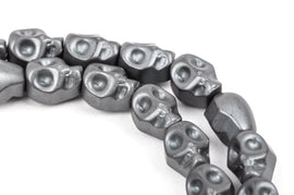 Matte Dark Silver GREY HEMATITE SKULL Beads, Titanium coated carved gemstone, 1 strand, 10x8mm ghe0046