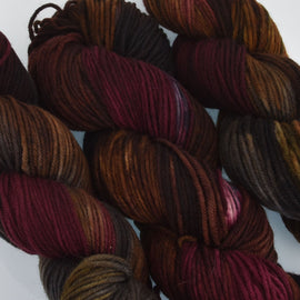 Hand Dyed Wool Yarn 100% Highland Wool, Arabian Show Horse, 100g, yrn0017