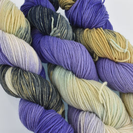 Hand Dyed Wool Yarn 100% Highland Wool, Thistle and Skye, 100g, yrn0020