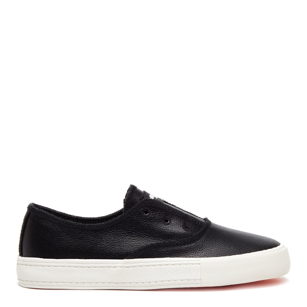 Aven Grainy Black Slip-on Sneaker