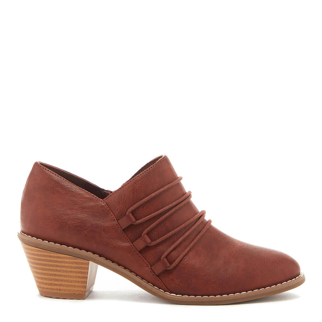Becan Cinnamon Ankle Bootie