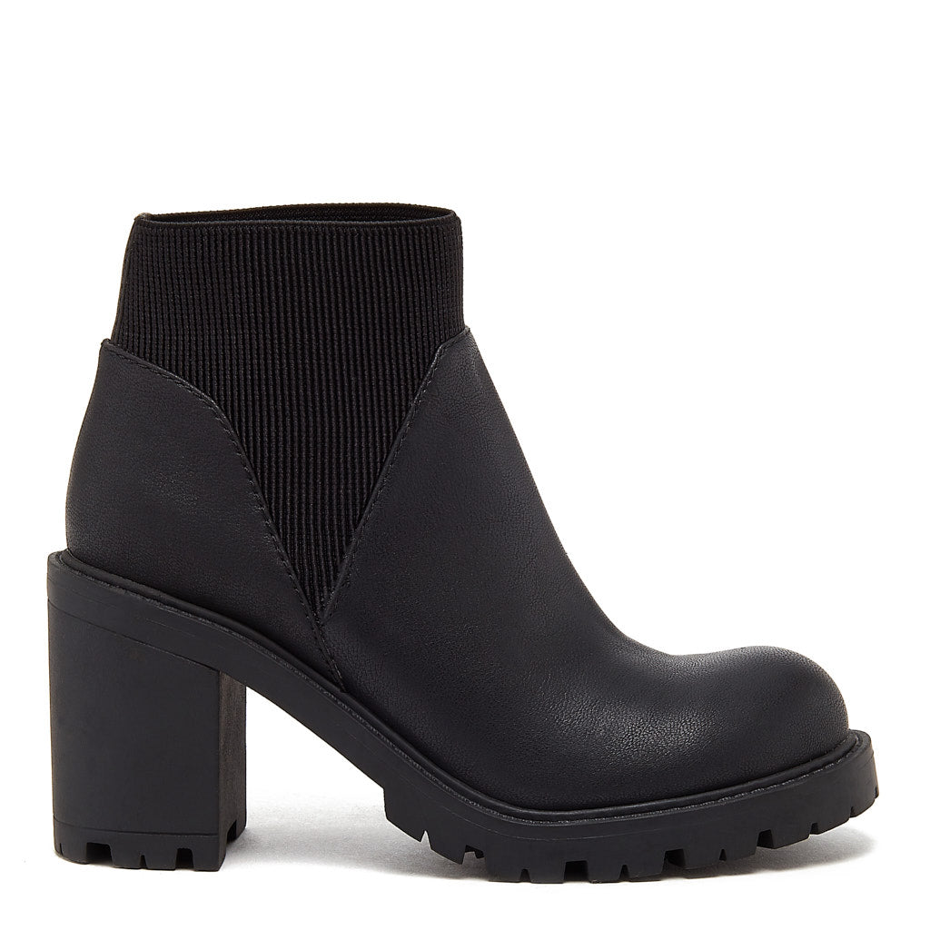 Roxan Black Chunky Boot