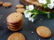 Singapore Vegan and Paleo, eggless gluten and dairy free crunchy cookies with organic lavender flowers, diabetic friendly without refined sugar