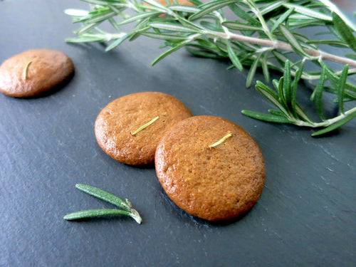 Crunchy rosemary cookies that are vegan and paleo in Singapore
