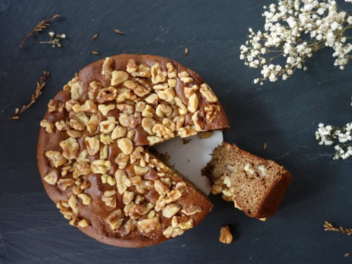 Paleo, gluten and dairy-free, walnut cake with no added fat or sugar