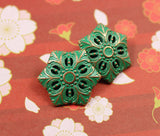 "Green Snowflake-Flower Metal Button 3/4"" Metal #SWC-50"