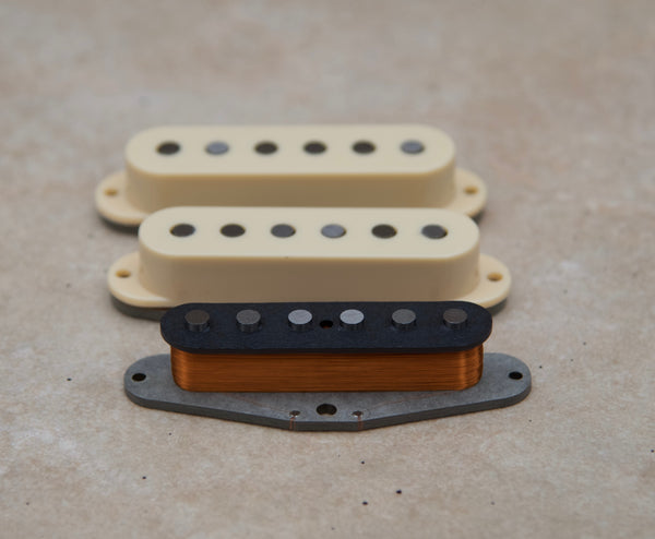 This custom pickup set is inspired by vintage 1975 Stratocaster® single coils