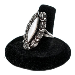 Mother of Pearl & Sterling Silver Ring (Size 7)