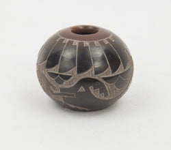 Avaynu Two Tone Sgraffito Bowl by Candelaria Suazo