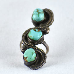 Serpentine Design Ring