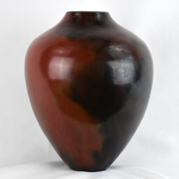 Large Smooth Jar by Alice Cling