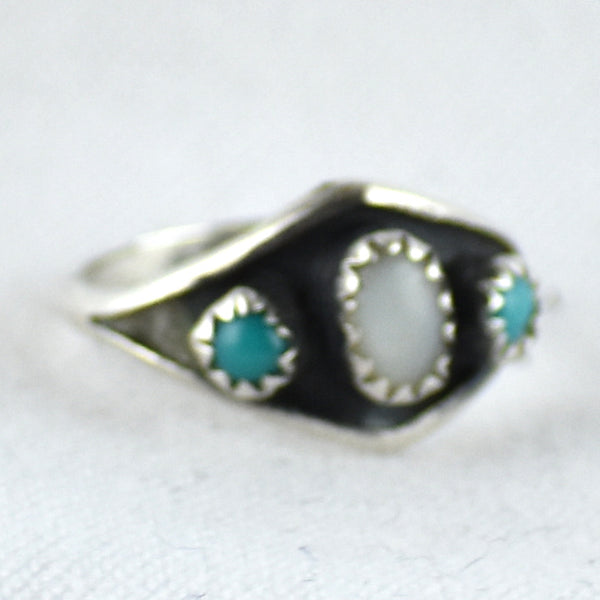 Vintage Turquoise & Mother-of-Pearl Ring