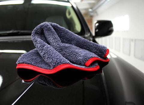 "16"" x 16"" Extra Fluffy 600gsm Grey Korean Microfibre Car Detailing Cloth with Silk Border"