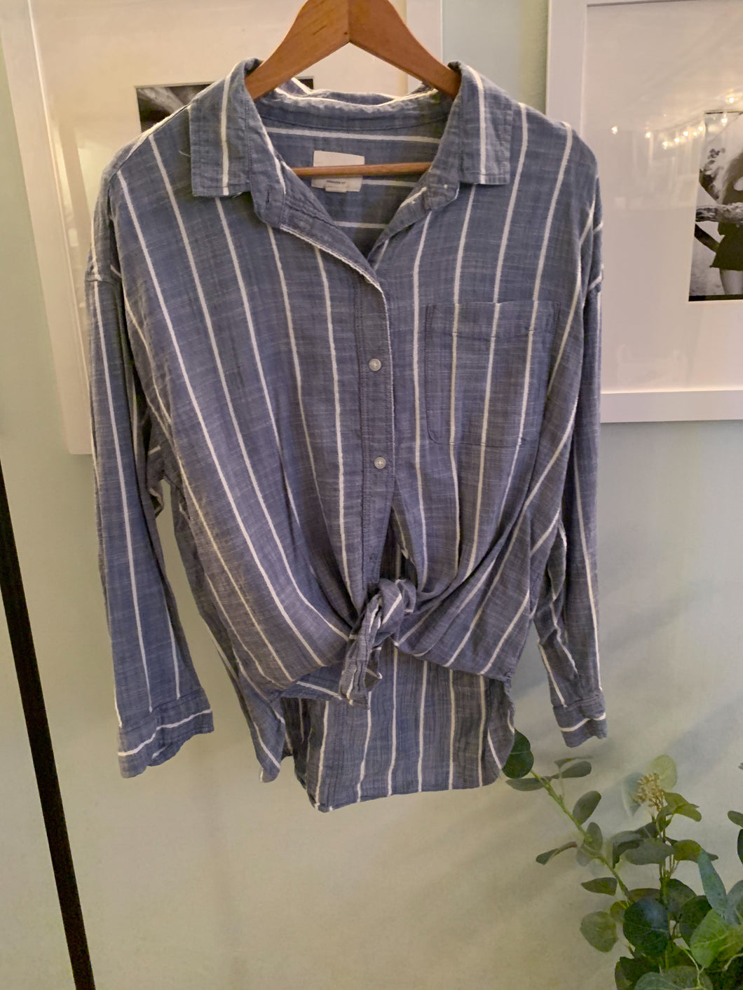 American Eagle oversized button down