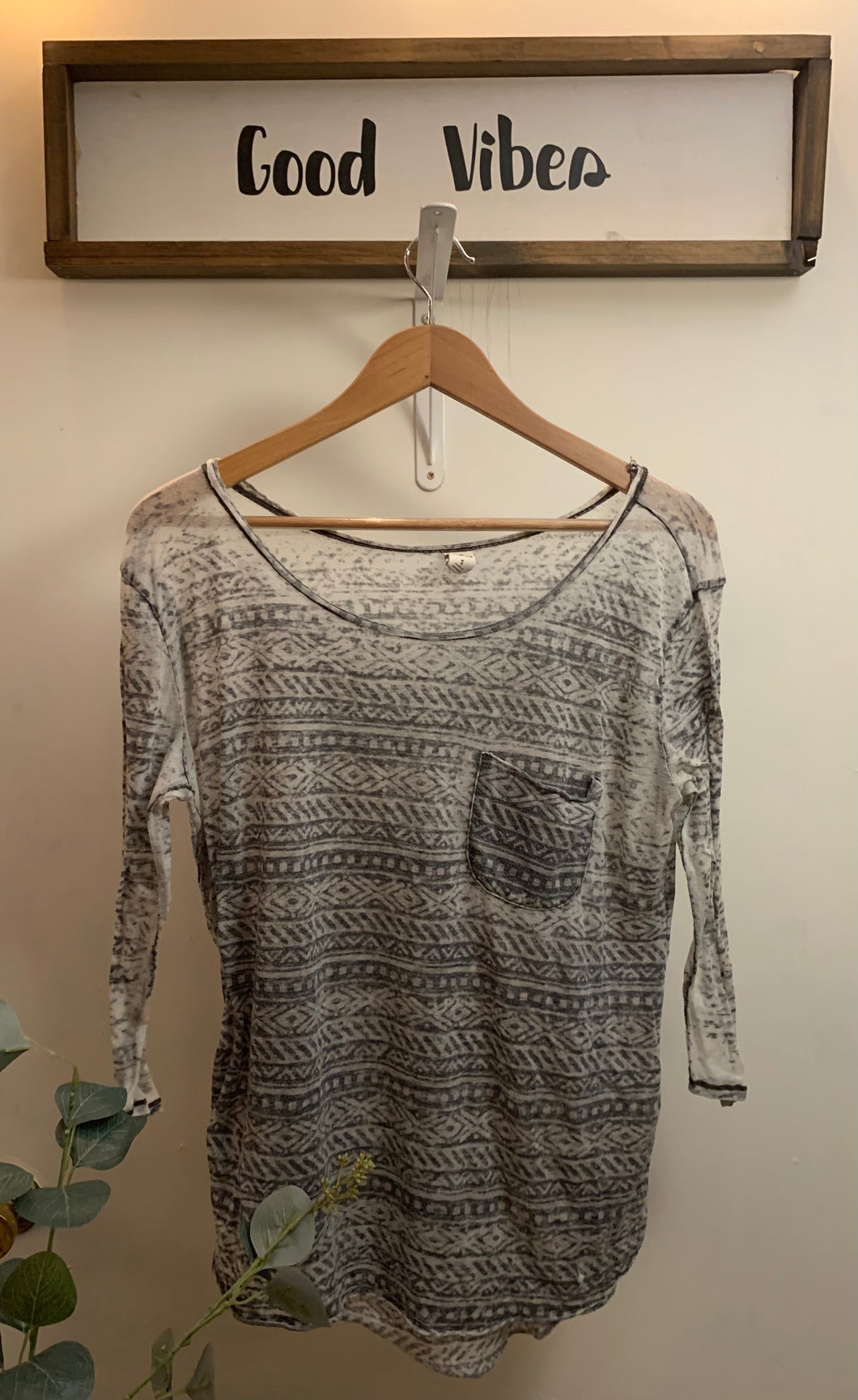 Very Thin Vintage Long Sleeve T