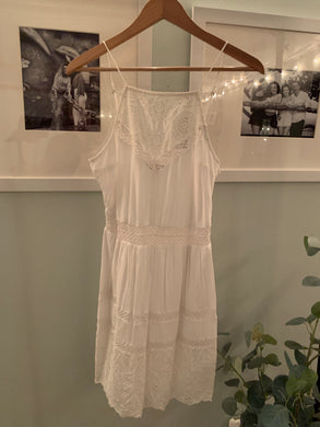 Vintage Dress in white