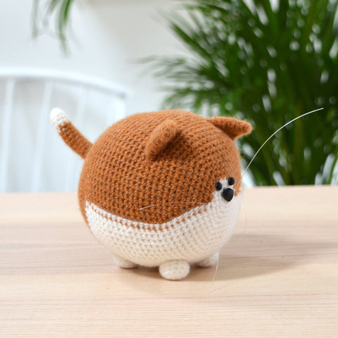 amigurumi Ginger and white crochet cat crochet kit completed cat