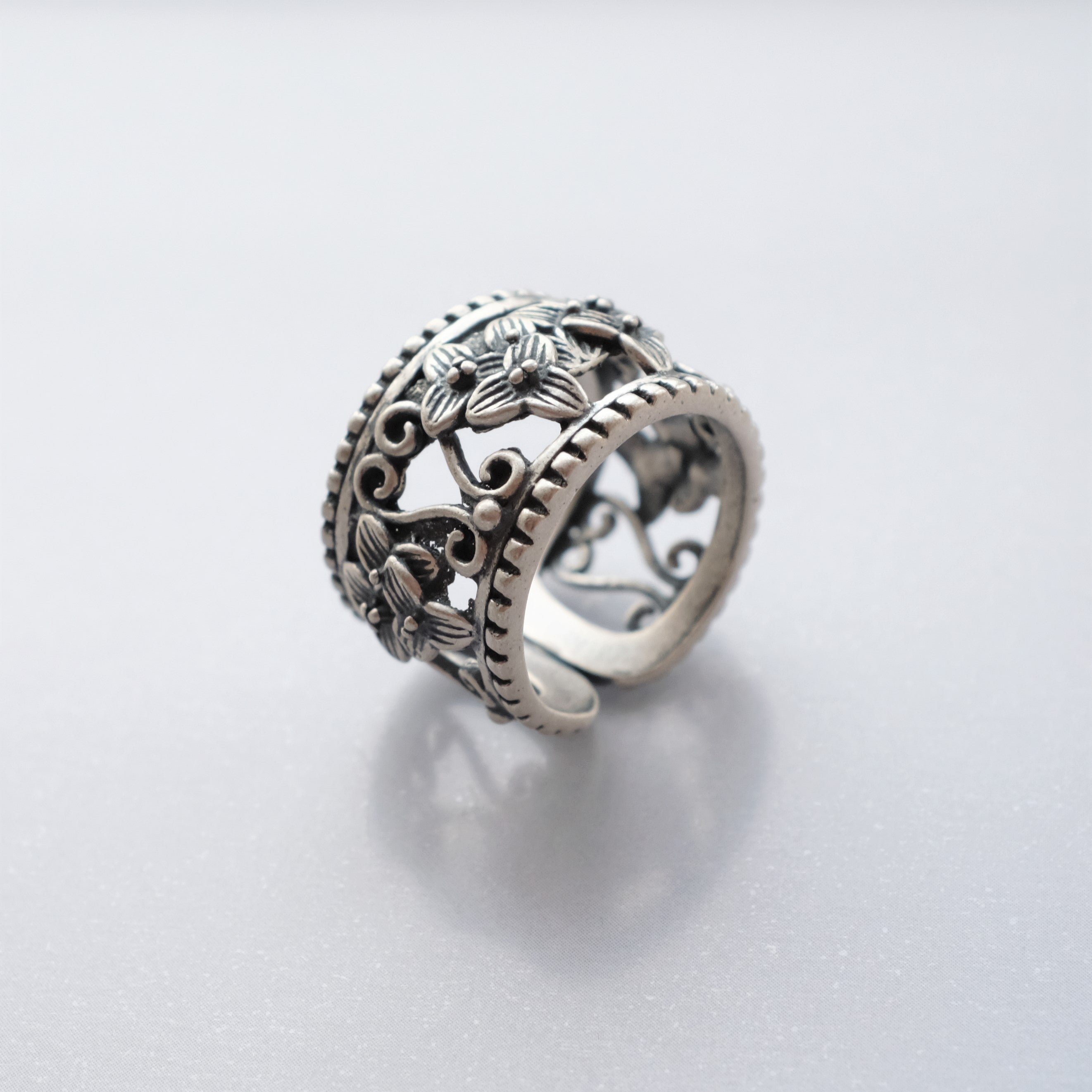 Vintage Beauty Silver Ring