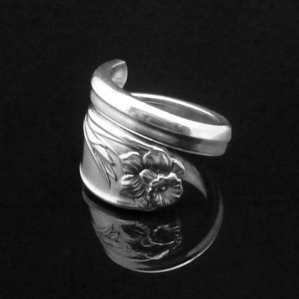 Daffodil Spoon Ring
