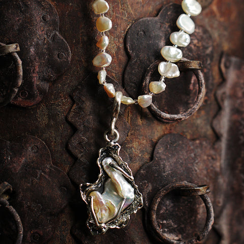 Fresh Water Pearl Necklace w/ Pearl drop pendant.