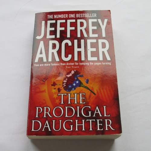 The Prodigal Daughters by Jeffrey Archer. A paperback contemporary novel.